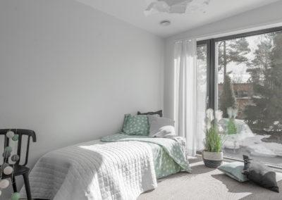 Vuoriharjuntie 25 makuuhuone