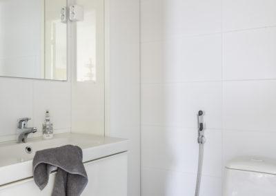 Lakiaukio 4 tyylikäs erillinen wc
