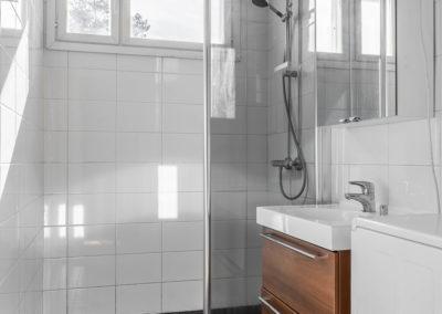 Madekuja 4 kylpyhuone