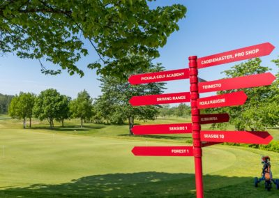 Golfkuja_7_golfkentän opasteeet