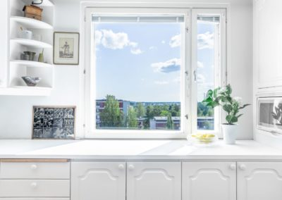Kääntöpiiri_2_näkymiä keittiön ikkunasta_Teemu Oukari