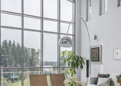 Heimolantie_korkeat ikkunat_Teemu Oukari