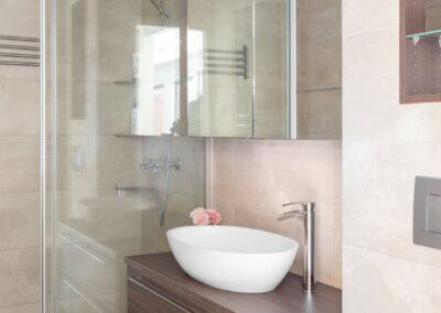Vehkamäki_pienempi kylpyhuone